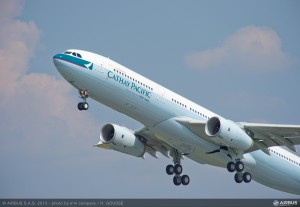 A330-300_Cathay_Pacific_take_off